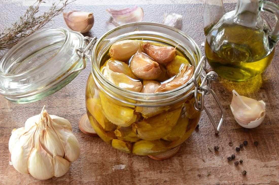 Ail confit à l'huile d'olive, 24,00€/Kg